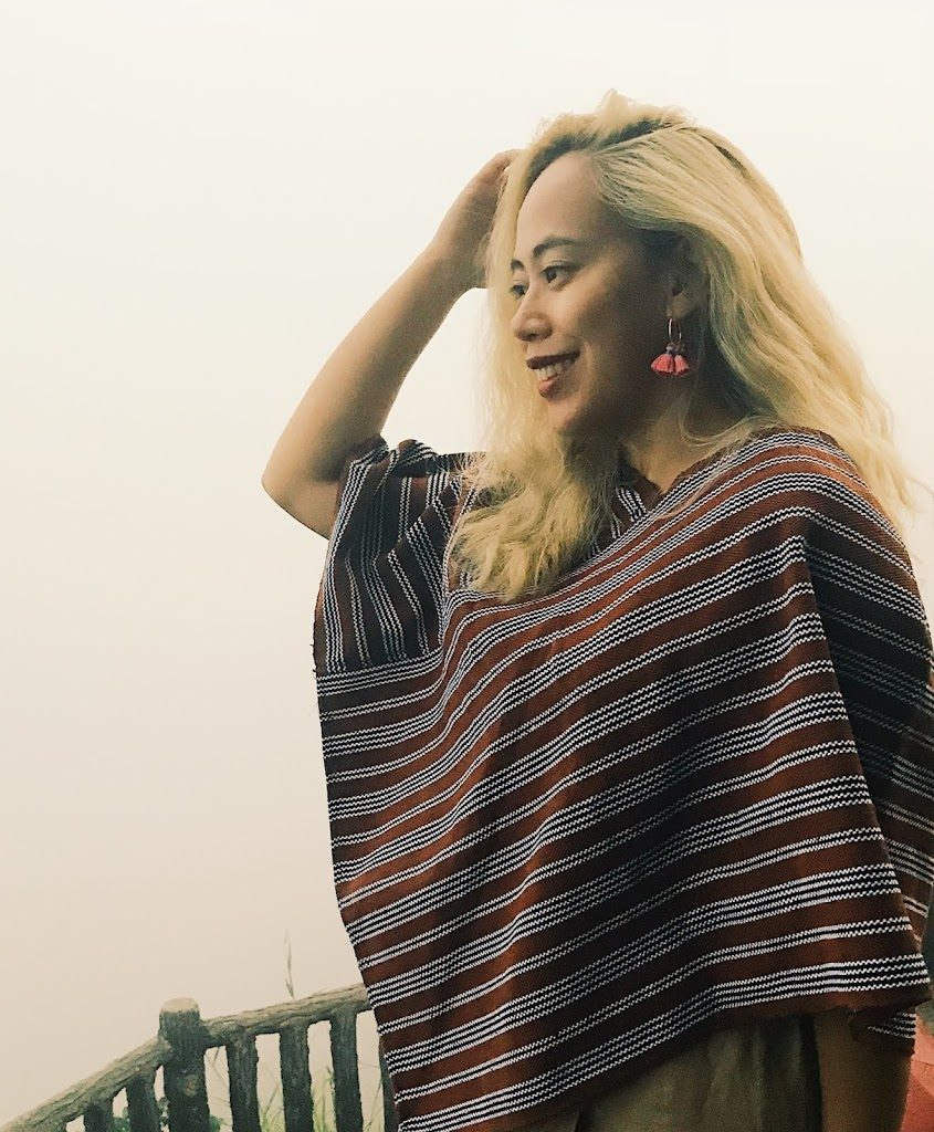 Rhoda wearing Ifugao blouse at the Mines View Park